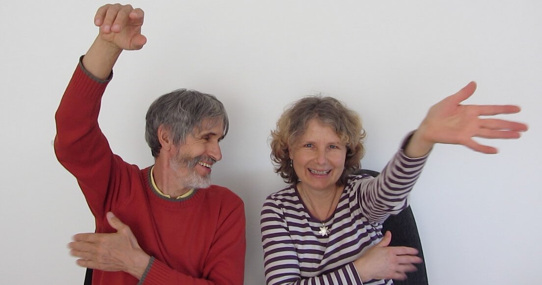 Horst und Doris Benesch beim Klopfen