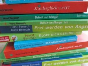 Informieren Sie sich mehr über die Klopfakupressur KnB EFT mit unserer Klopf-Literatur